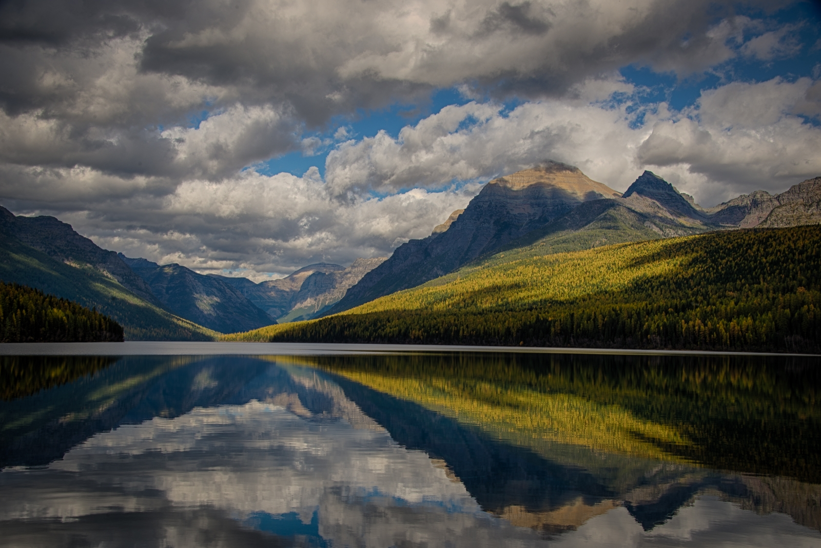 Lake-in-Glacier-National-Park